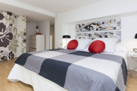 Duplex for sale in Madrid, Spain, 1 bedroom, 55.00m2, No. 2367 – photo 7