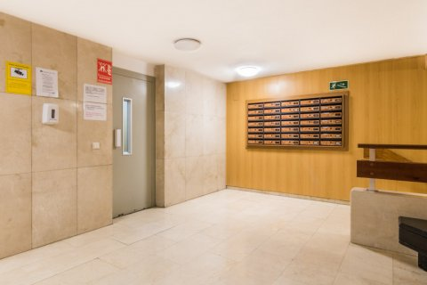 Apartment for sale in Madrid, Spain, 2 bedrooms, 60.00m2, No. 2374 – photo 26