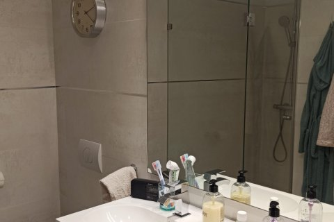 Apartment for rent in Madrid, Spain, 4 bedrooms, 185.00m2, No. 2456 – photo 16