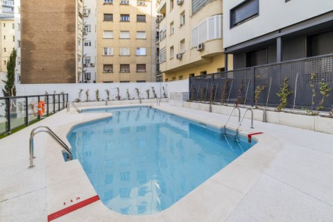 Apartment for sale in Madrid, Spain, 3 bedrooms, 185.00m2, No. 2630 – photo 3