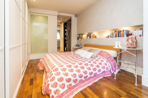 Apartment for sale in Madrid, Spain, 4 bedrooms, 200.00m2, No. 2162 – photo 13