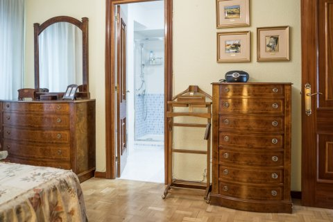 Apartment for sale in Madrid, Spain, 3 bedrooms, 117.80m2, No. 2173 – photo 18