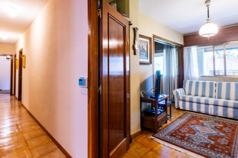 Apartment for sale in Madrid, Spain, 6 bedrooms, 355.00m2, No. 2376 – photo 30