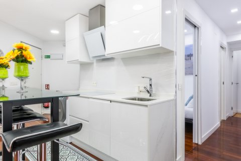 Apartment for sale in Madrid, Spain, 3 bedrooms, 100.00m2, No. 2540 – photo 9