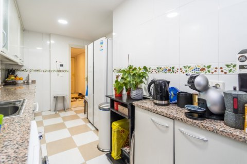 Duplex for sale in Madrid, Spain, 3 bedrooms, 152.00m2, No. 2445 – photo 27