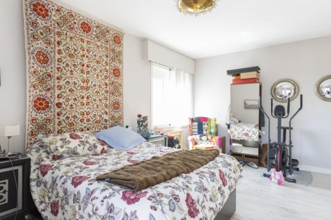 Apartment for sale in Madrid, Spain, 3 bedrooms, 245.00m2, No. 2666 – photo 15