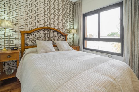 Apartment for sale in Madrid, Spain, 3 bedrooms, 122.00m2, No. 2678 – photo 14