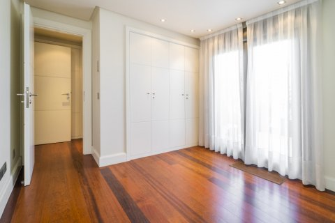 Penthouse for sale in Madrid, Spain, 3 bedrooms, 239.00m2, No. 1699 – photo 25