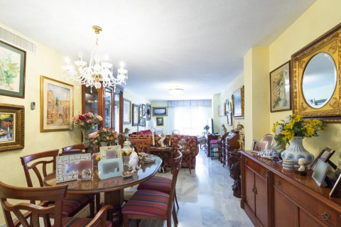 Apartment for sale in Malaga, Spain, 3 bedrooms, 142.00m2, No. 2263 – photo 1