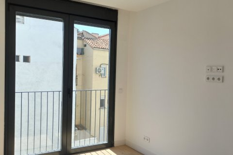 Apartment for rent in Madrid, Spain, 2 bedrooms, 105.00m2, No. 2283 – photo 15