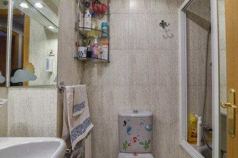 Apartment for sale in Madrid, Spain, 3 bedrooms, 98.00m2, No. 1682 – photo 15