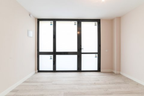 Apartment for sale in Madrid, Spain, 60.00m2, No. 1881 – photo 12