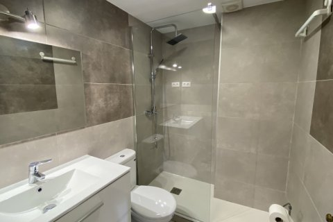 Apartment for rent in Madrid, Spain, 2 bedrooms, 75.00m2, No. 1942 – photo 28