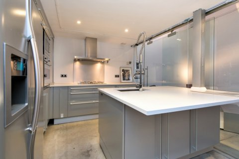 Apartment for sale in Madrid, Spain, 2 bedrooms, 193.00m2, No. 2494 – photo 7