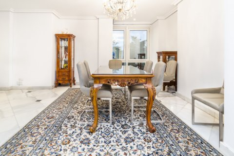 Duplex for sale in Madrid, Spain, 3 bedrooms, 152.00m2, No. 2445 – photo 6