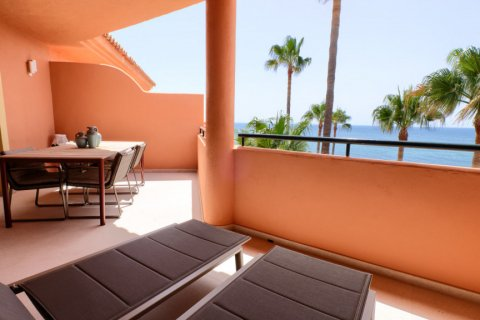 Penthouse for sale in Estepona, Malaga, Spain, 3 bedrooms, 125.00m2, No. 2225 – photo 2