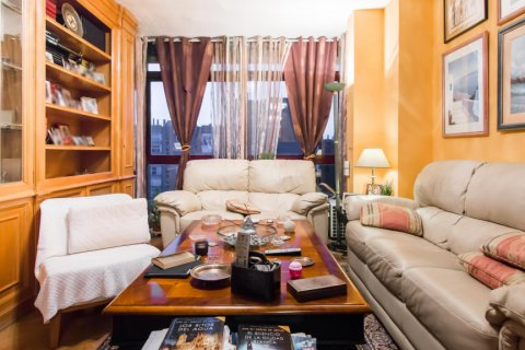 Apartment for sale in Madrid, Spain, 4 bedrooms, 140.00m2, No. 1787 – photo 6