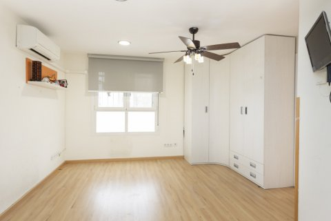 Apartment for sale in Madrid, Spain, 2 bedrooms, 64.00m2, No. 2641 – photo 3