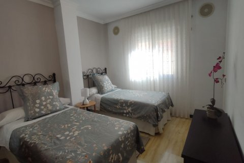 Apartment for rent in Marbella, Malaga, Spain, 2 bedrooms, 120.00m2, No. 2568 – photo 7