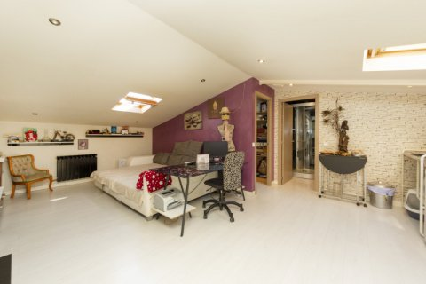 Apartment for sale in Madrid, Spain, 4 bedrooms, 418.00m2, No. 2200 – photo 21