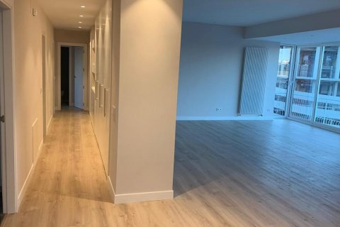 Penthouse for rent in Madrid, Spain, 4 bedrooms, 180.00m2, No. 1776 – photo 12