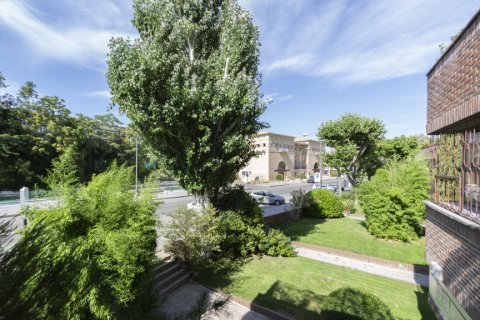 Apartment for sale in Madrid, Spain, 4 bedrooms, 218.00m2, No. 2124 – photo 29
