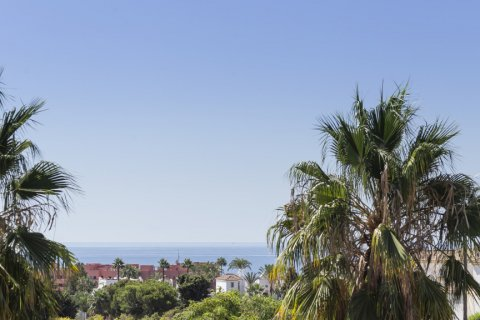 Penthouse for sale in Estepona, Malaga, Spain, 1 bedroom, 73.00m2, No. 2310 – photo 16
