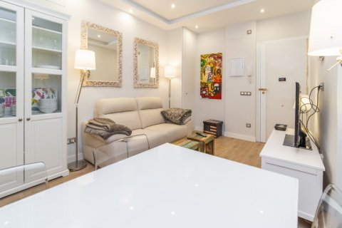 Apartment for sale in Madrid, Spain, 2 bedrooms, 57.00m2, No. 2498 – photo 8