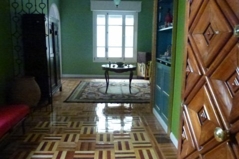 Apartment for rent in Madrid, Spain, 4 bedrooms, 270.00m2, No. 1686 – photo 5