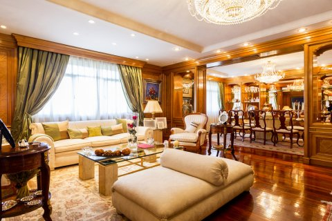 Duplex for sale in Madrid, Spain, 5 bedrooms, 514.00m2, No. 1493 – photo 8