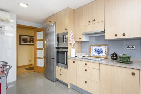 Apartment for sale in Getafe, Madrid, Spain, 4 bedrooms, 242.00m2, No. 2480 – photo 13