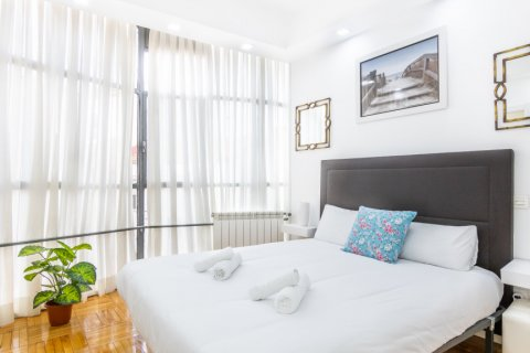 Apartment for sale in Madrid, Spain, 3 bedrooms, 100.00m2, No. 2540 – photo 20
