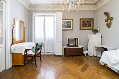 Apartment for sale in Madrid, Spain, 4 bedrooms, 194.00m2, No. 2176 – photo 22
