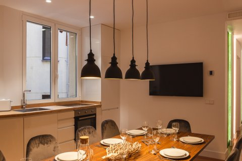 Apartment for sale in Madrid, Spain, 4 bedrooms, 219.00m2, No. 2062 – photo 9
