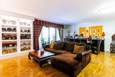 Apartment for sale in Madrid, Spain, 4 bedrooms, 202.00m2, No. 2710 – photo 8