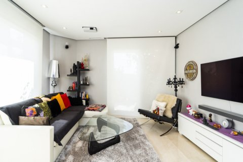 Penthouse for sale in Madrid, Spain, 3 bedrooms, 183.00m2, No. 2215 – photo 2