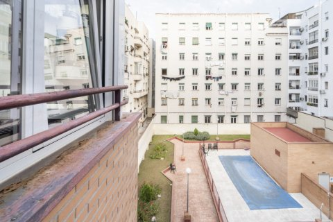 Penthouse for sale in Madrid, Spain, 2 bedrooms, 91.00m2, No. 2113 – photo 5