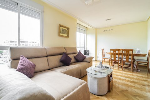 Apartment for sale in Madrid, Spain, 3 bedrooms, 102.43m2, No. 2471 – photo 13