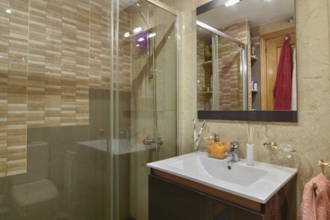 Apartment for sale in Madrid, Spain, 3 bedrooms, 98.00m2, No. 1682 – photo 7