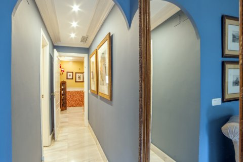 Apartment for sale in Sevilla, Seville, Spain, 3 bedrooms, 193.00m2, No. 2430 – photo 13