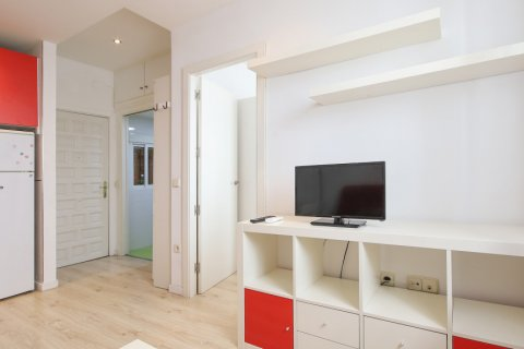 Apartment for sale in Madrid, Spain, 1 bedroom, 40.00m2, No. 2734 – photo 9