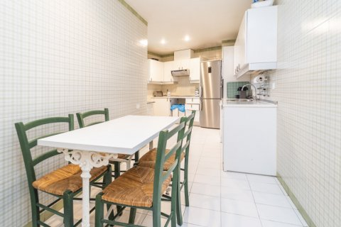 Apartment for sale in Madrid, Spain, 4 bedrooms, 189.00m2, No. 2370 – photo 6