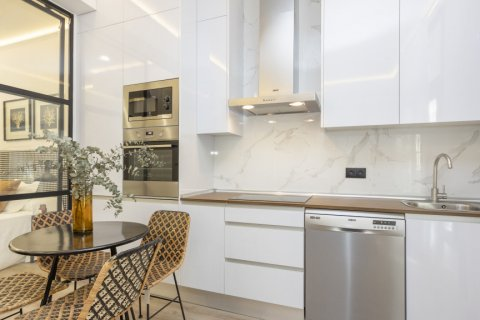 Apartment for sale in Madrid, Spain, 1 bedroom, 50.00m2, No. 2723 – photo 16