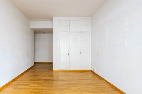 Apartment for sale in Madrid, Spain, 3 bedrooms, 168.00m2, No. 2301 – photo 19