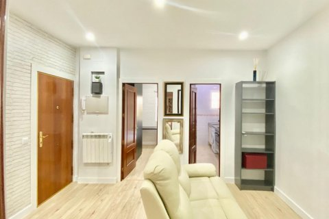 Apartment for sale in Madrid, Spain, 2 bedrooms, 55.00m2, No. 2332 – photo 1