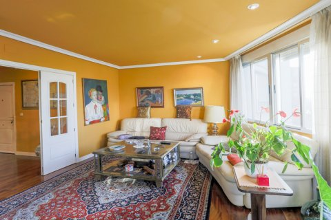 Apartment for sale in Madrid, Spain, 3 bedrooms, 152.00m2, No. 1566 – photo 1
