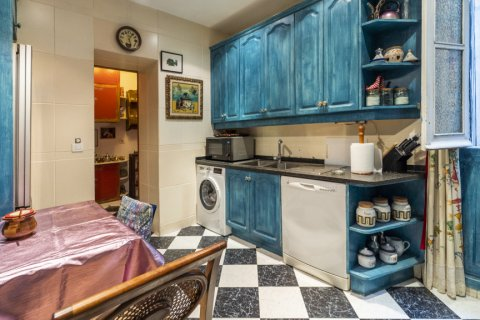 Apartment for sale in Madrid, Spain, 3 bedrooms, 166.00m2, No. 2286 – photo 6