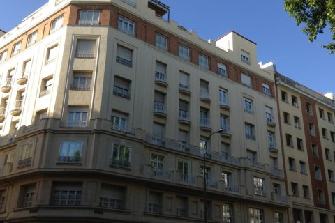 Apartment for rent in Madrid, Spain, 4 bedrooms, 270.00m2, No. 1686 – photo 3