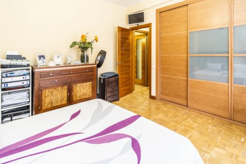 Apartment for sale in Madrid, Spain, 5 bedrooms, 232.00m2, No. 2190 – photo 27