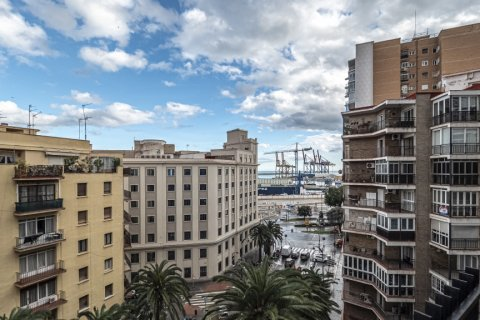 Apartment for sale in Malaga, Spain, 15 bedrooms, 669.00m2, No. 2235 – photo 2